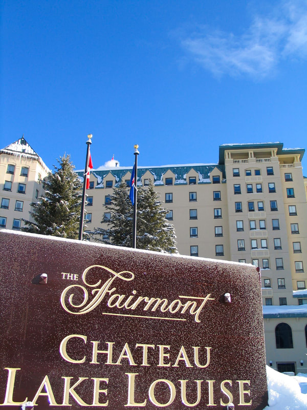 The Fairmont Banff Springs post and panel sign